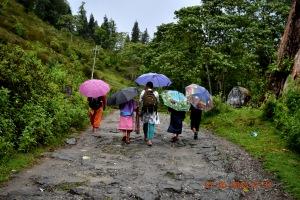 DSC_0374 children with umbrellas fff